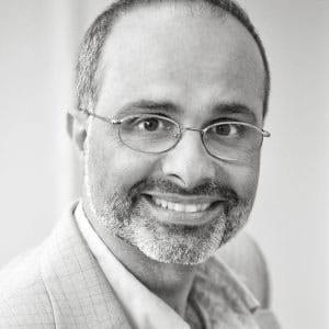 Faculty Member Robert Farra