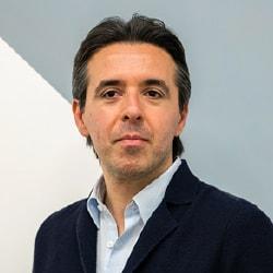 Profile picture of guest speaker, Vincenzo Cosenza