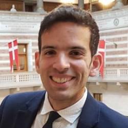 Profile picture of course faculty Daniel Guetta