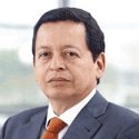 Faculty Member Jorge Arbulú