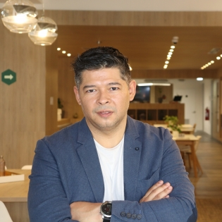 Faculty Member Gerzo Gallardo