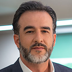 Faculty Member SERGIO RESTREPO